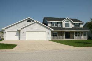 Get top quality garage door installation services pros for Garage door services schertz tx
