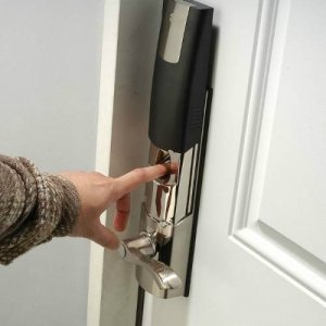 24-Hour Locksmiths In New Braunfels TX - Biometric Locks - Pros On Call