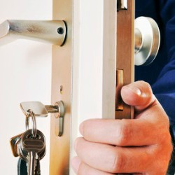 Lock Services By 24-Hour Locksmiths In Killeen TX - Pros On Call