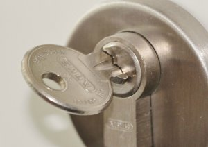 24-Hour Locksmiths In Florida - Pros On Call Lock Services