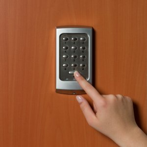 24-hour locksmiths in New York - Commercial lock services - Pros On Call
