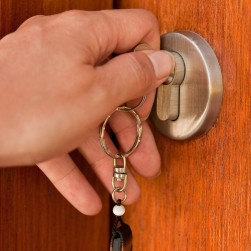 24-hour locksmiths in Phoenix AZ - Pros On Call Security Solutions