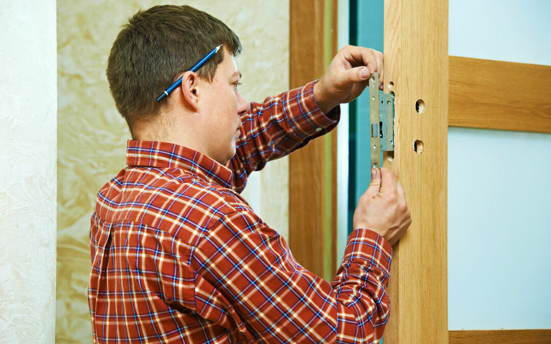 Advantages-Of-A-Residential-Locksmith--Pros-On-Call-Lock-Services